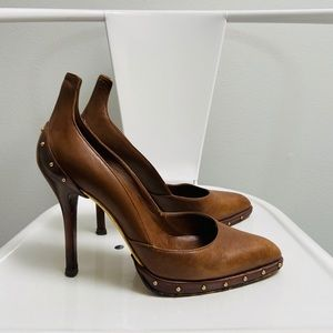 Brown Gucci Heels with grommets